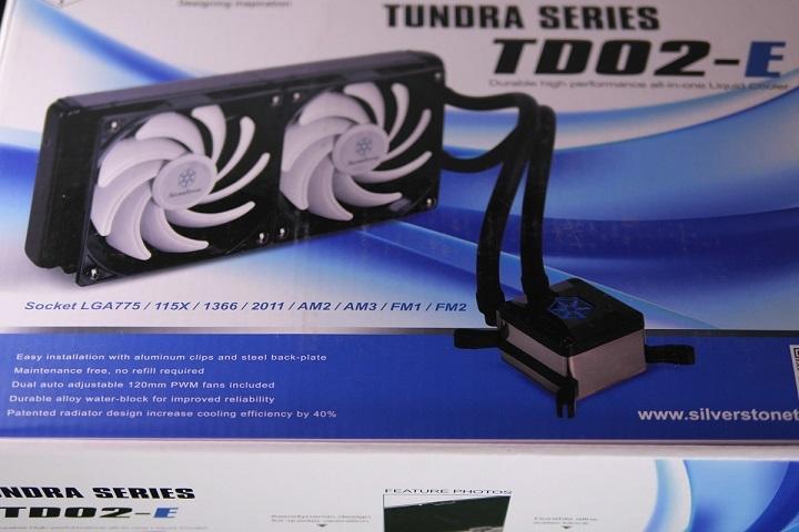 SilverStone SST-TD02-E箱から