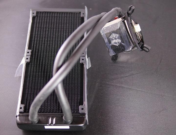 SilverStone SST-TD02-E 全体から