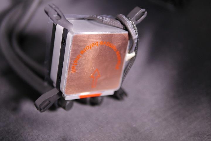 SilverStone SST-TD03-E水冷ヘッド