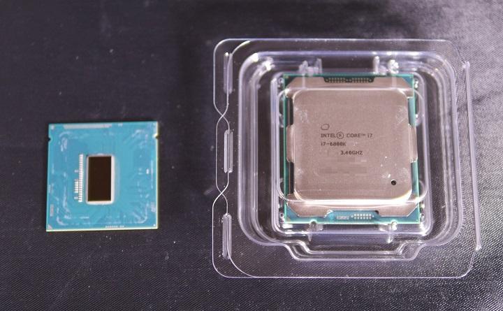 Core i7 6800Kの大きさ比較