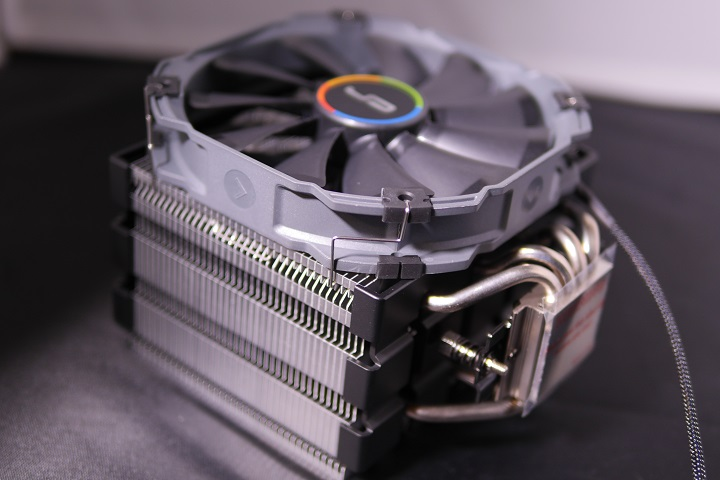 CRYORIG H5 ULTIMATE外見002