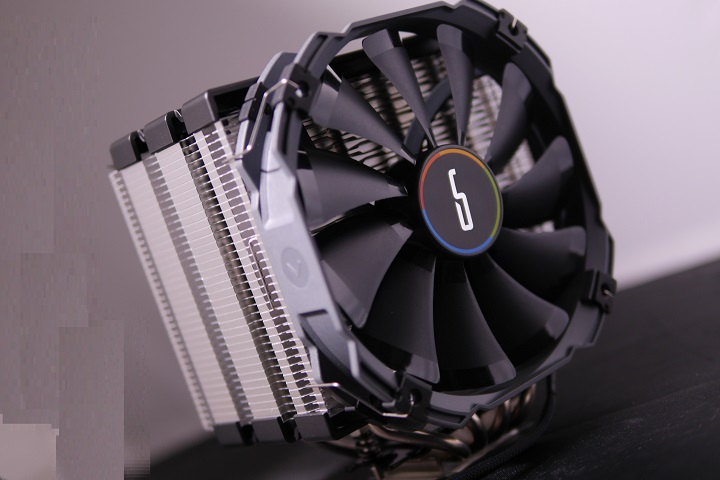 CRYORIG H5 ULTIMATE外見003
