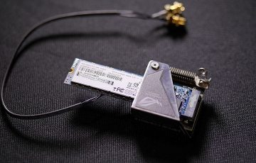 SanDiskZ400s取り付け状態1