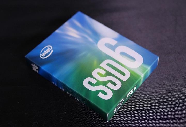 Intel SSD 600p Series 256GBその1