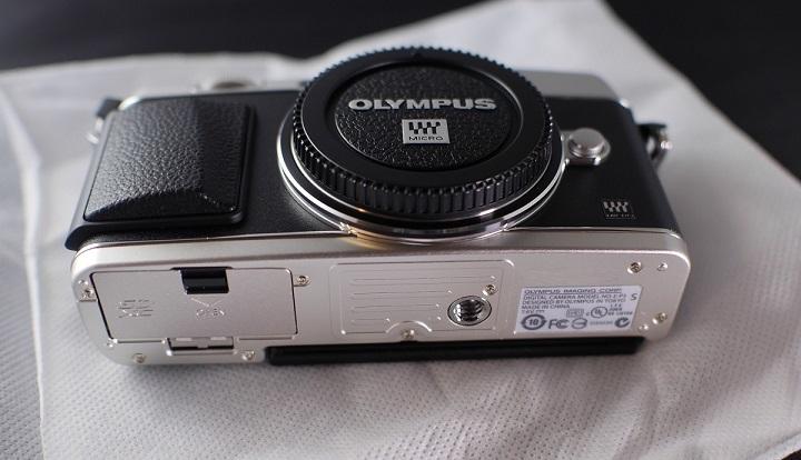 OLYMPUS PEN E-P5本体4