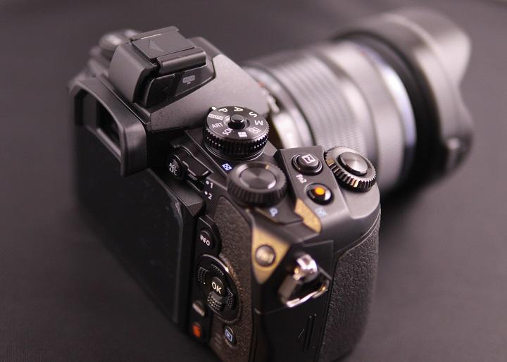 OLYMPUS OM-D E-M1 12-40mm F2.8 レンズキットその2