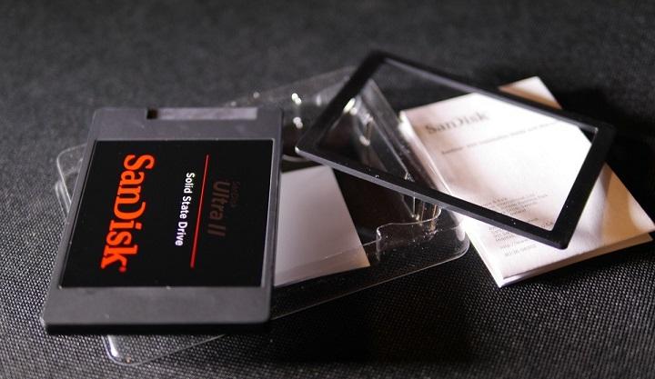 SANDISK SSD UltraII開封3