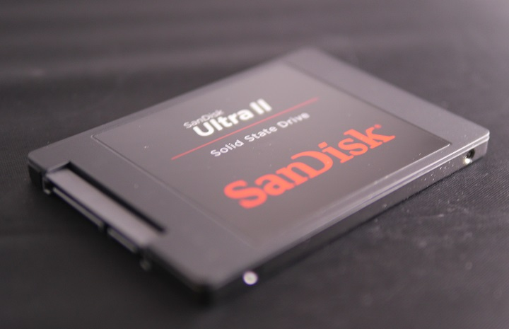 SANDISK SSD UltraIIその1