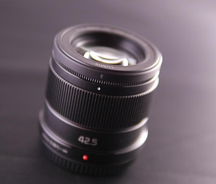 LUMIX G 42.5mm/F1.7をパナライカ25mm/F1.4で撮ってみる2