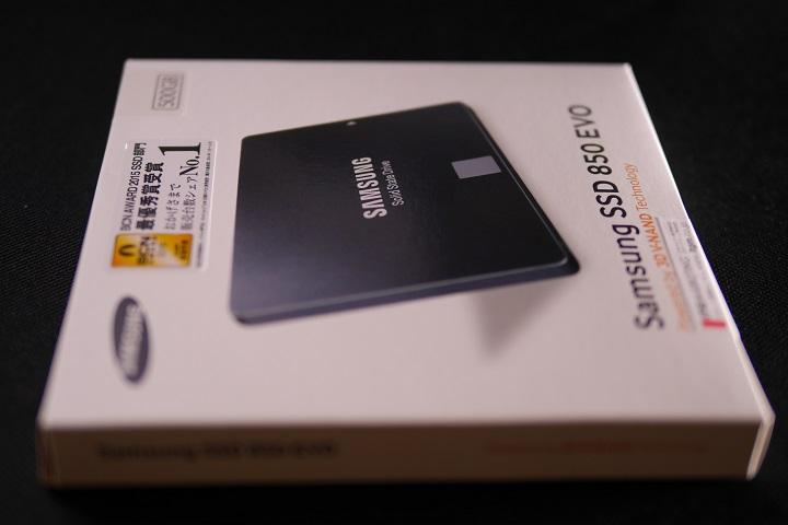 SAMSUNG 850 EVO MZ-75E500B/IT箱