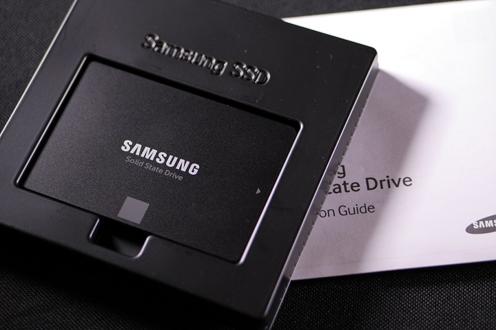 SAMSUNG 850 EVO MZ-75E500B/IT開封1