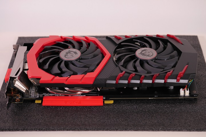 MSI Radeon RX 480 GAMING X 8G本体2
