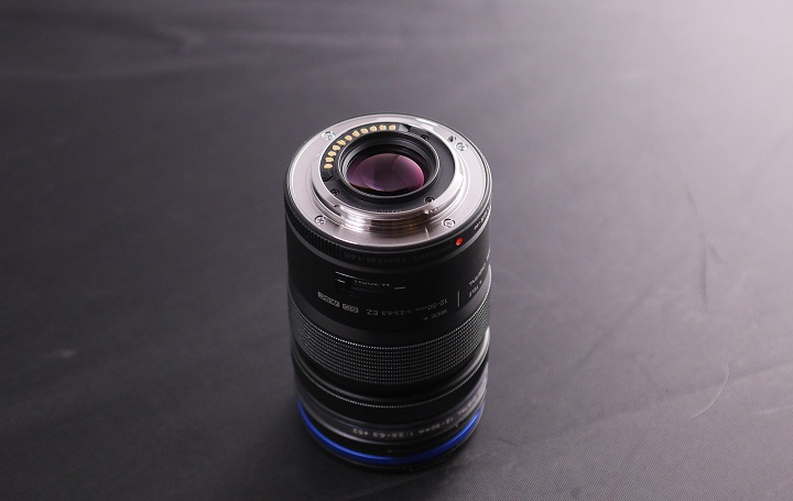 OLYMPUS M.ZUIKO DIGITAL ED 12-50mm F3.5-6.3 EZマウント部分