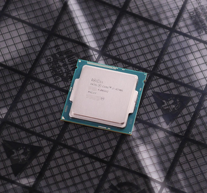 Intel Core i7 4790Kその1