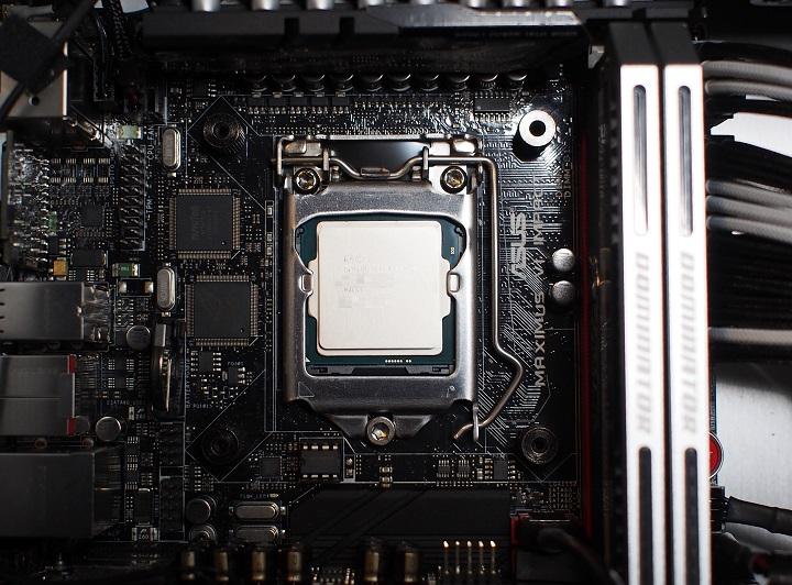 Core i7 4790Kをパソコンに取り付け2