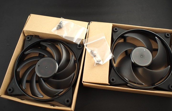 CoolerMaster MasterFan Pro120シリーズ付属品