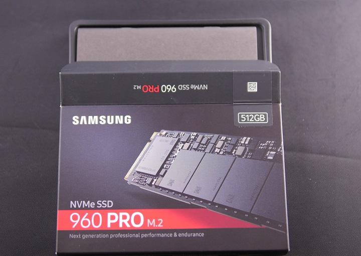 SAMSUNG 960 PRO M.2 MZ-V6P512B/IT開封1