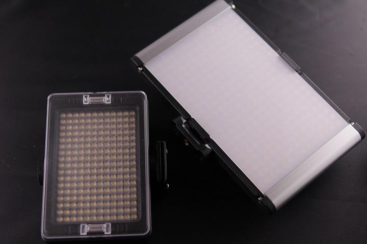 Neewer LEDライト CRI95+比較3