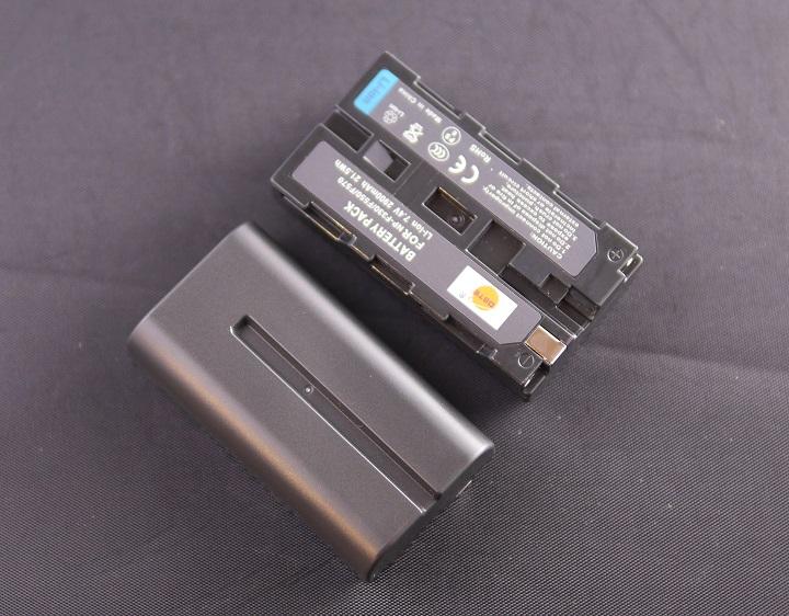DSTE NP-F330 NP-F530 NP-F550 NP-F570互換 カメラバッテリー本体