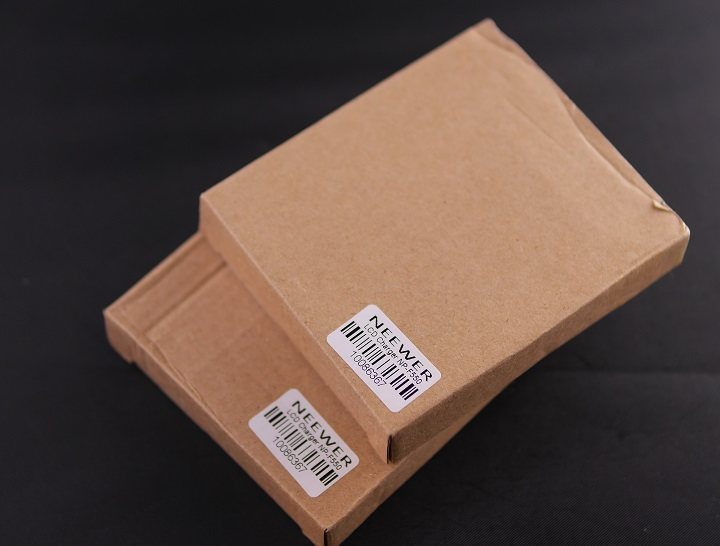 NEEWER Sony NP-F550/F750/F960/F970 マクロUSB電池充電器箱