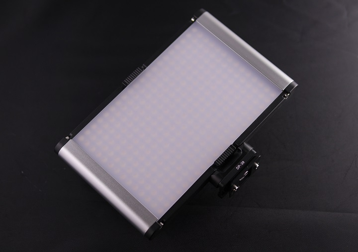 Neewer LEDライト CRI95+