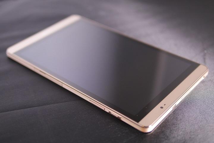 Huawei MediaPad M2 8.0 Wi-Fiモデル本体2