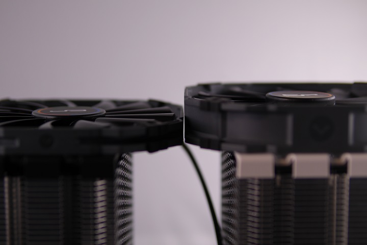 CRYORIG XF140とXT140厚さ比較