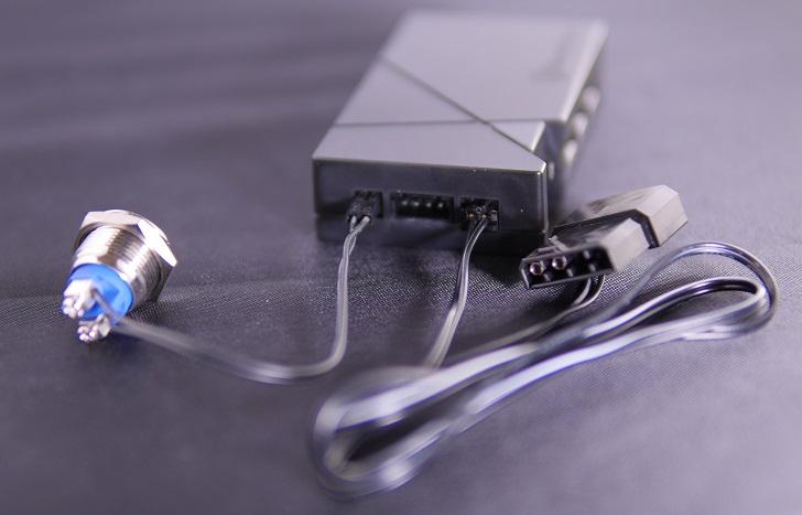 SilverStone LSB01にスイッチと電源ケーブル接続