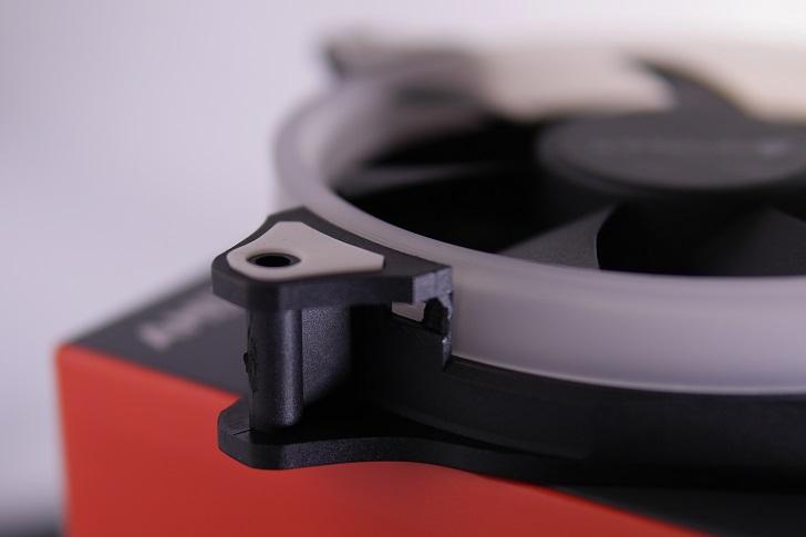 AMZtronics 12cm RGBカラー ファン本体4