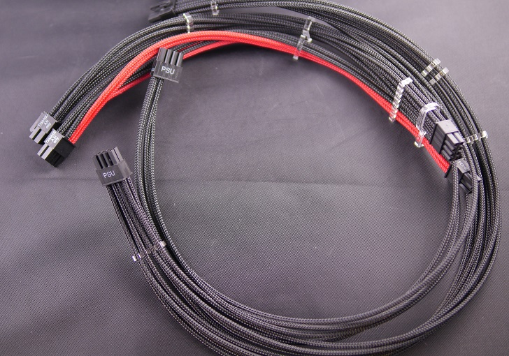 CPU8P、グラボ補助電8Pのスリーブケーブル