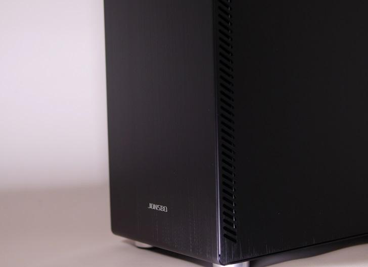 JONSBO U4BKの表面仕上げ、その3