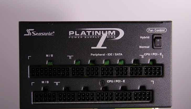 Seasonic SS-660XP2のコネクター、その1
