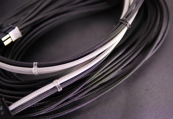 CableMod ModMesh(Nylon)とスリーブケーブル、その2