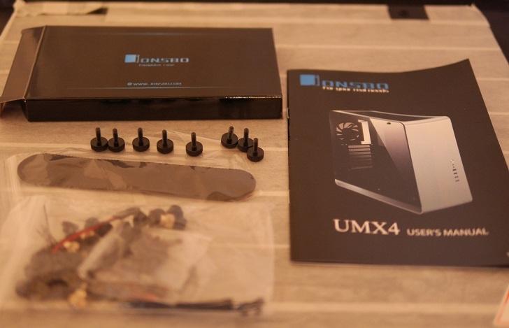 JONSBO UMX4付属品、その2