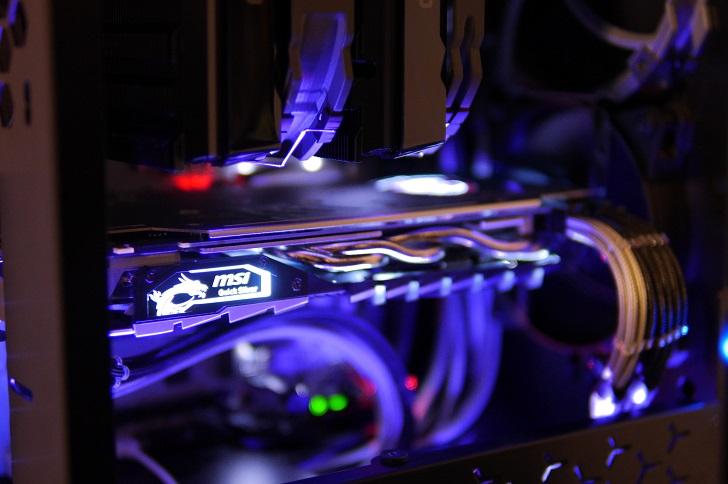 黒パソコンにMSI GTX 1070 Quick Silver 8G OCを取り付け、その2
