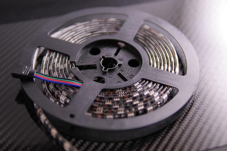 ALITOVE LEDテープ 5050 RGB 12V防水高輝度