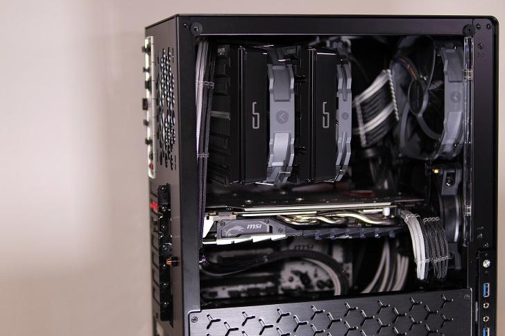 黒パソコン、その3