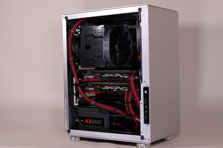 銀色パソコン、その2