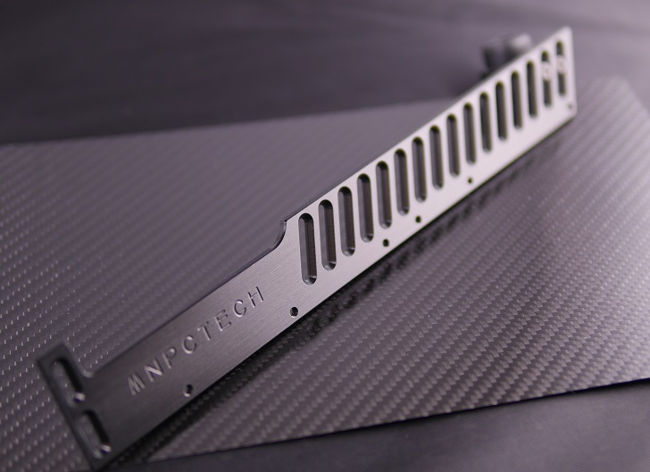 Mnpctech CNC Machined GPU Support Reference、その7