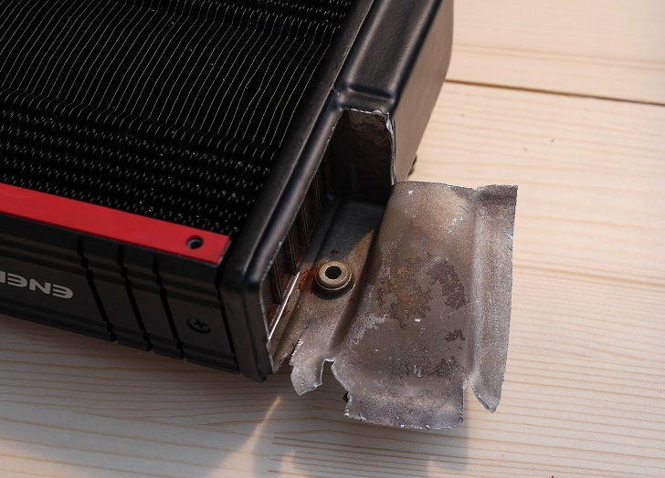 ENERMAX ELC-LT120X-HPのラジエターを切る、その2