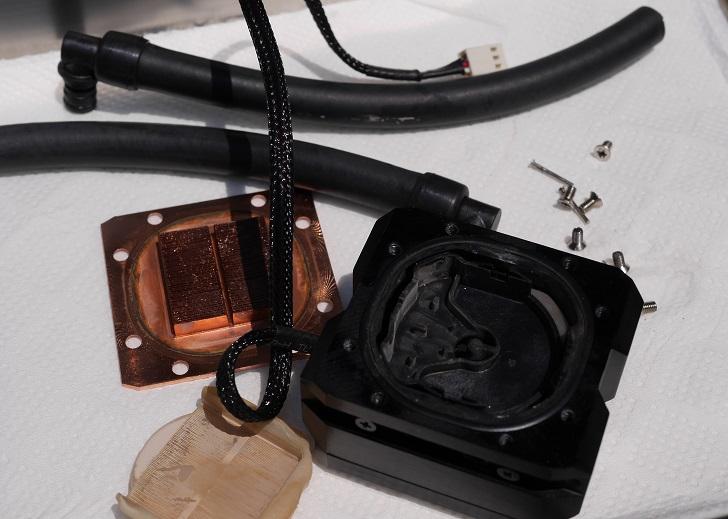 ENERMAX ELC-LT120X-HPのウォーターブロックを分解、その1