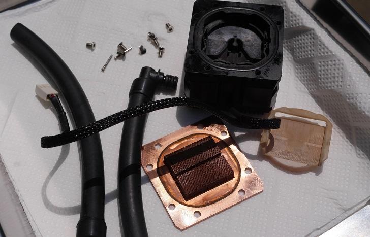 ENERMAX ELC-LT120X-HPのウォーターブロックを分解、その2