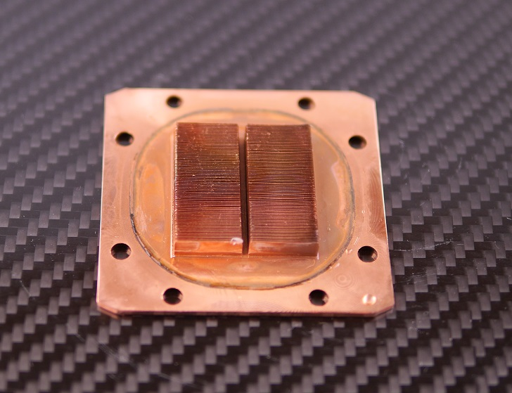ENERMAX ELC-LT120X-HPのウォーターブロック洗った後、その1
