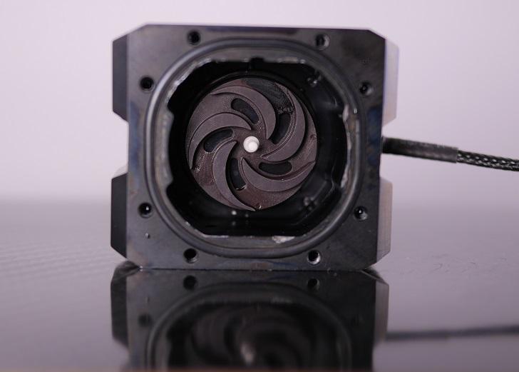 ENERMAX ELC-LT120X-HPのウォーターブロック洗った後、その4