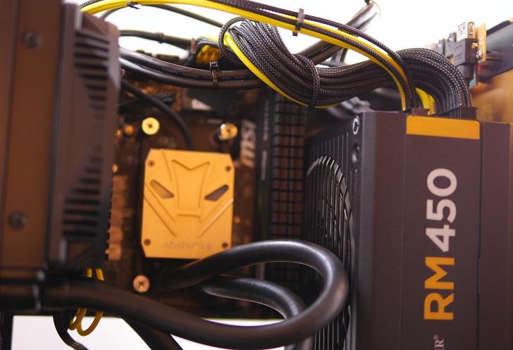 RAIJINTEK METIS金色の電源スリーブ完成、その3