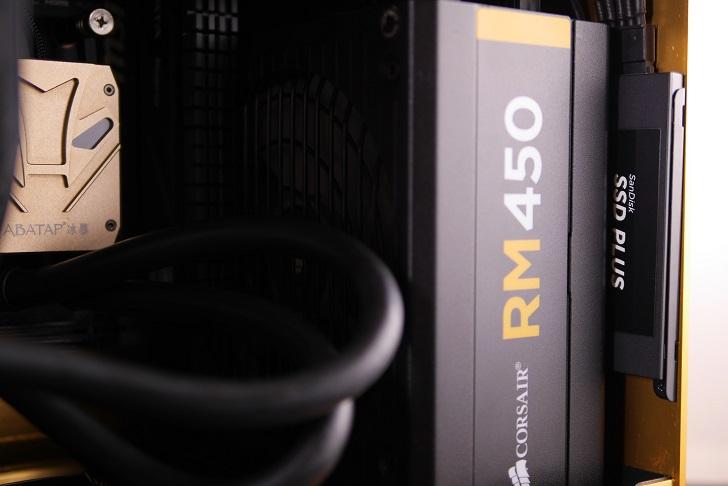 RAIJINTEK METIS金色のSSD取り付け方法、その4