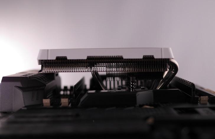 ASUS SABERTOOTH X99にCRYORIG C1を取り付け、その5