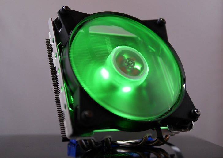 CRYORIG C1にMasterFan Pro 140 Air Pressure RGBを取り付け、その3