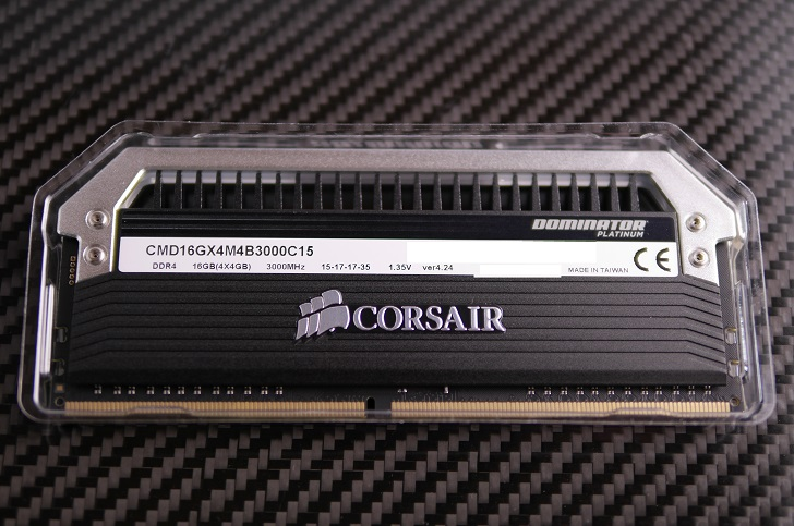Corsair Dominator Platinum CMD16GX4M4B3000C15のver