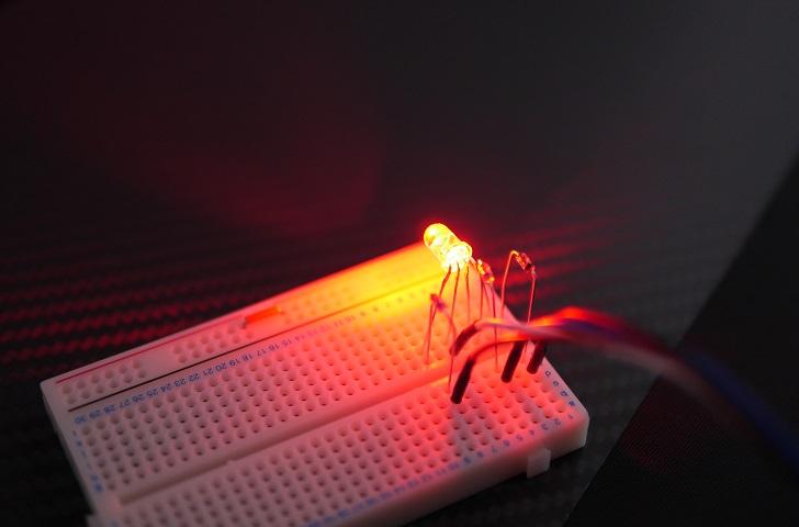 RGB LED 5mmを光らせる、赤